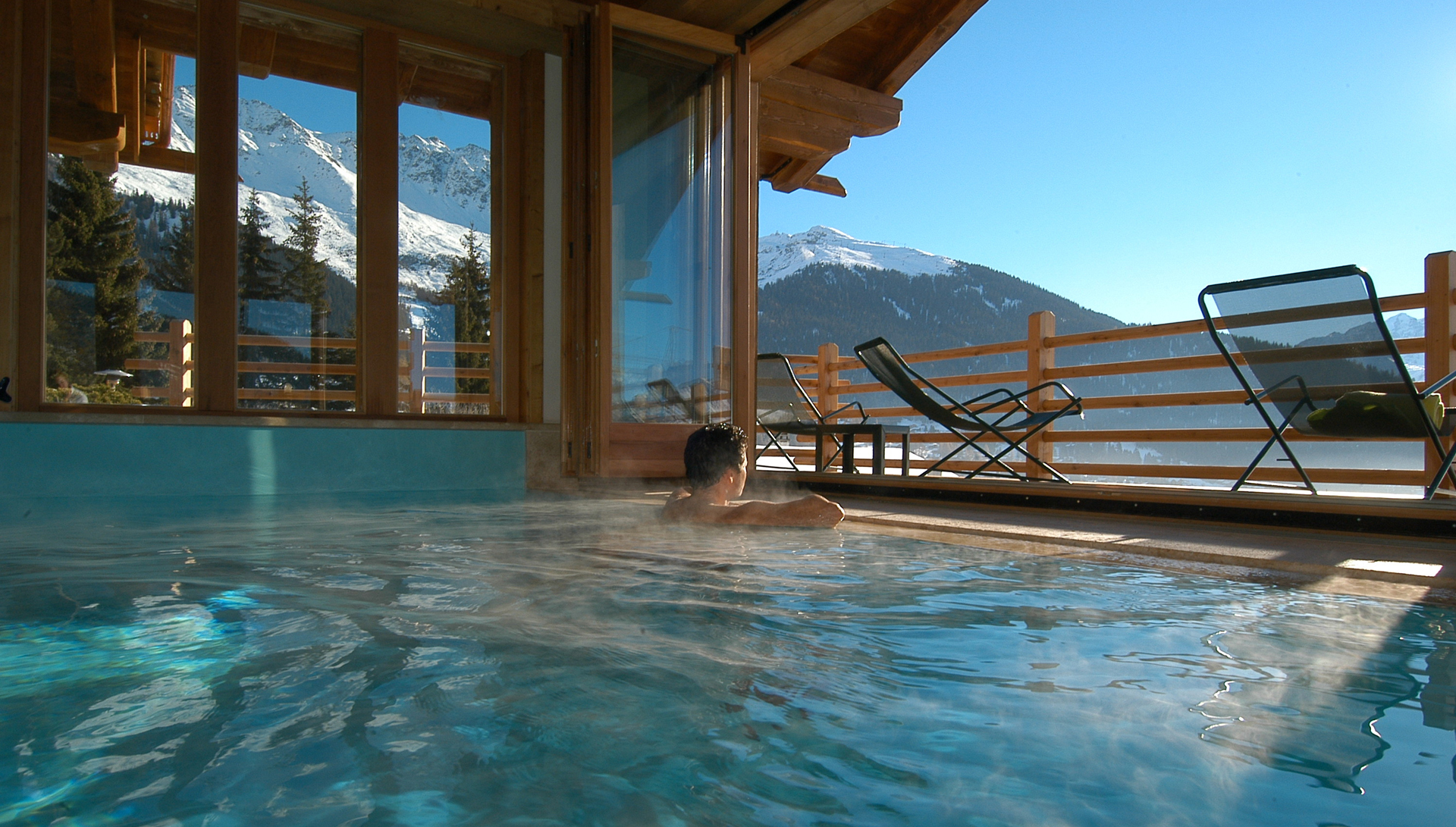 The Swimming Pool of Chalet d'Adrien